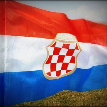 NAJLJEPŠE DOMOLJUBNE PJESME (32): u Hrvatskoj mi je dom