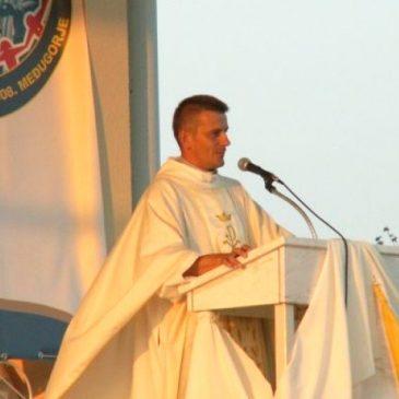 DON IVAN FILIPOVIĆ: Od pakla droge do svećeničkog poziva