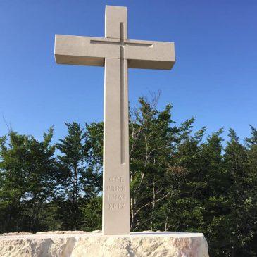 SVETA MISA ZA 18 POBIJENIH DUVANJSKIH HRVATA U PAKLINAMA 4. KOLOVOZA