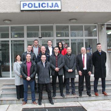 MUP HBŽ: Snažniji za 10 kadeta – mlađih policijskih inspektora, među njima i Mate Rezo