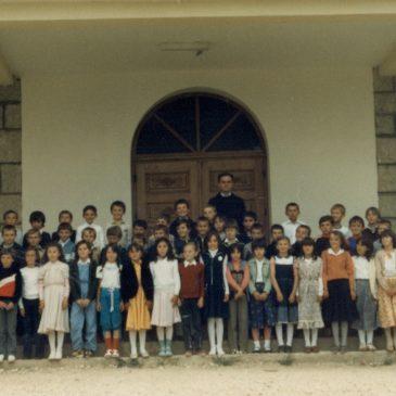 IZ ARHIVE: Prvopričesnici 1983.