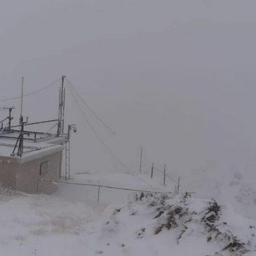 FOTO/VIDEO: Snijeg zabijelio vrhove Čvrsnice