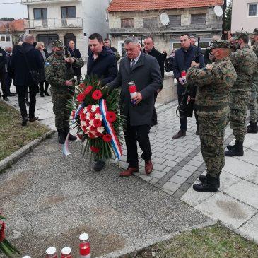 TOMISLAVGRAD: Obilježena 29. obljetnica utemeljenja HVO i 16. obljetnica 1. pješačke gardijske pukovnije OS BiH