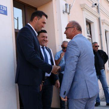 MINISTAR GORDAN GRLIĆ RADMAN U TOMISLAVGRADU: Hrvatska je reagirala promptno, kao što bi reagirala bilo gdje u Hrvatskoj. Tomislavgrad jednako je važan kao i Nadin, Aržano, Omiš…