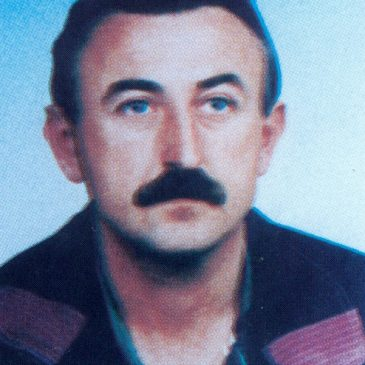 NAVIK ON ŽIVI KI ZGINE POŠTENO: Mate Perković