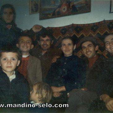 IZ ARHIVE: Nasmijani Šumanovići i Šarci