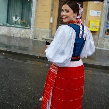 EVA TADIĆ: Otkrivamo sve o djevojci iz Salzburga za koju glasa velik broj Hrvata u izboru za najfotogeničniju djevojku u narodnoj nošnji izvan RH