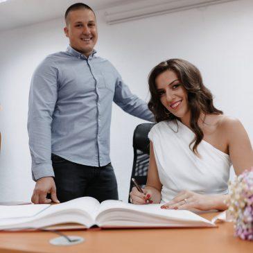 BAŠ JE LIPA NAŠA MLADA: Udala se Božena Šarac